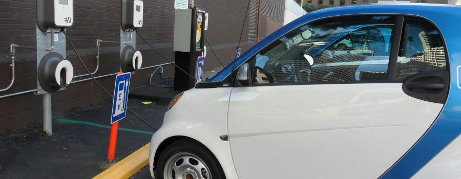 Wann rechnet sich ein E-Auto? Online-Kostenrechner Elektromobilität jetzt verfügbar